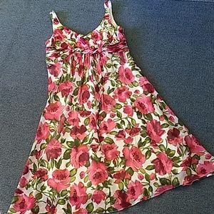 S.L.Fashions Summer roses dress
